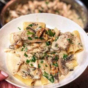 Rigatoni with Chicken in a Gorgonzola Cream Sauce