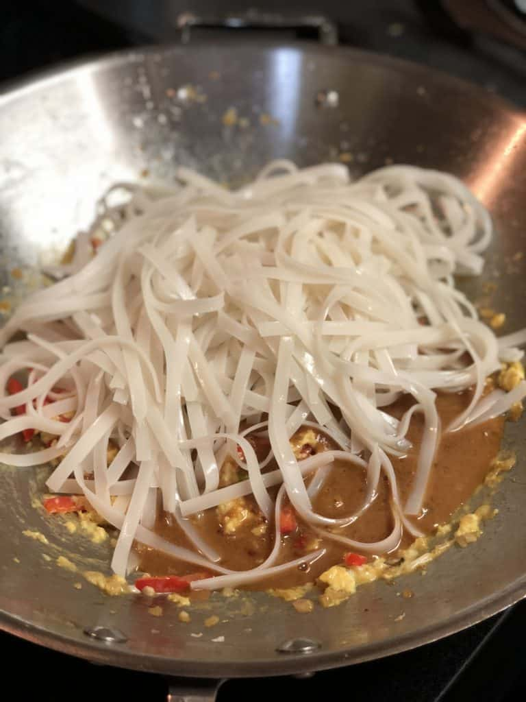rice noodles in my Pad Thai sauce