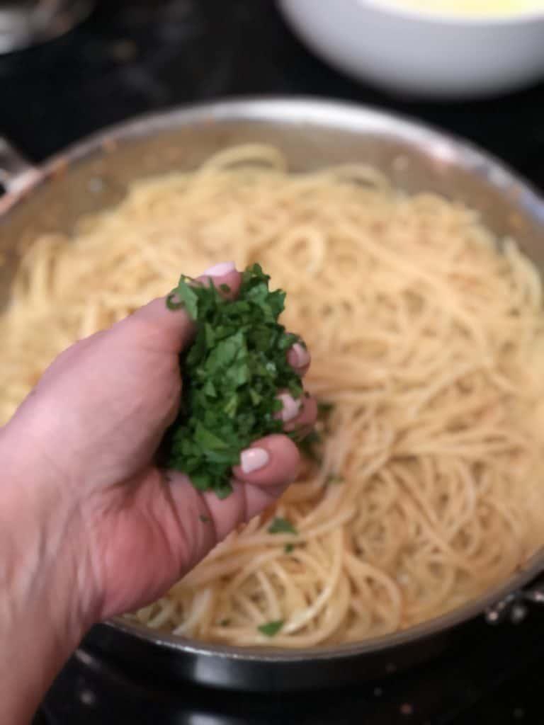 a handful of fresh parsley
