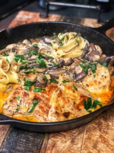 Garlic Mushroom Chicken with Tomato Pesto Cream