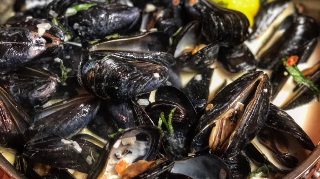 Mussels in a Sambuca Cream Sauce