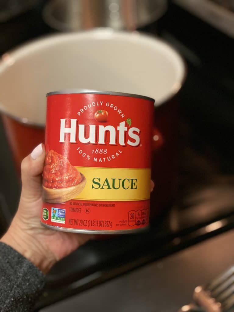 a can of Hunts tomato sauce