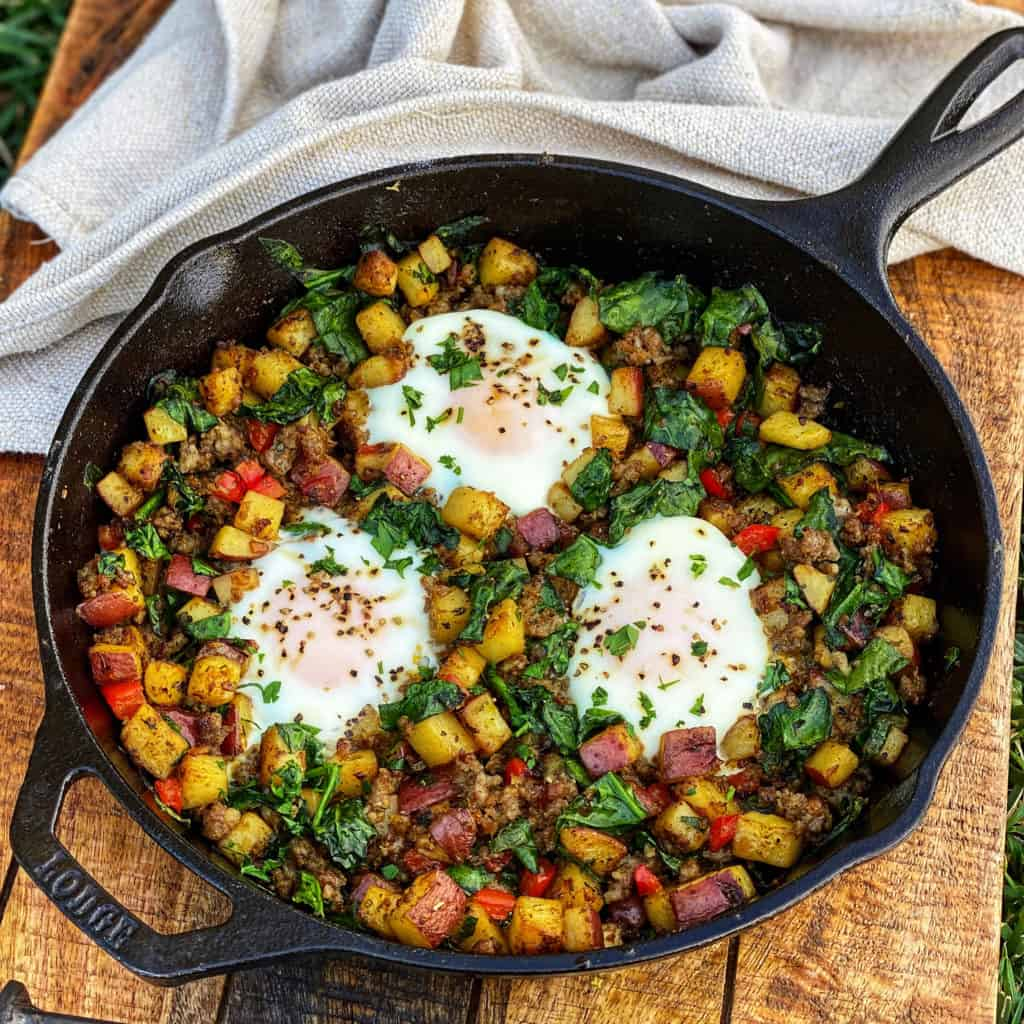 Breakfast skillet with eggs