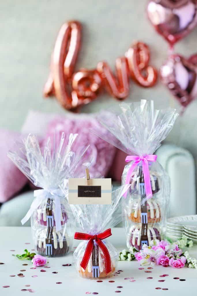 mini bundt cakes for Valentine's Day dinner at home