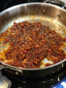 A pan full of shallot bacon jam